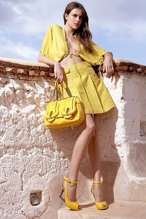 5fdb30bf1e199ea807505388f96a1e26--yellow-fashion-primary-colors